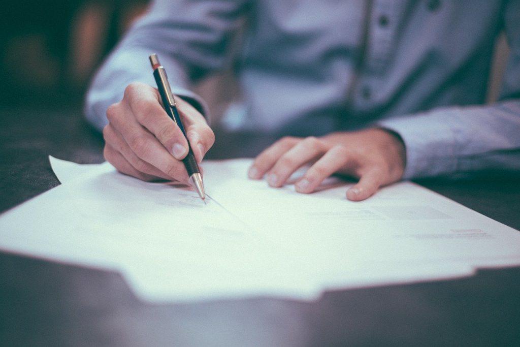 Die Fernsignatur mit Webservice bringt Vorteile gegenüber der Signatur per Hand.
